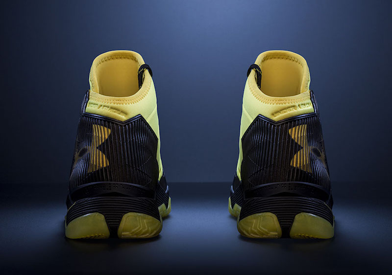 Under Armour Curry 2.5 Black Taxi Edition 1