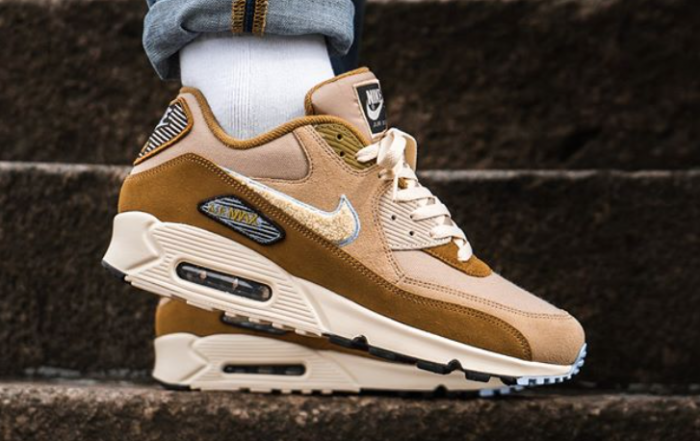 New NIKE Air Max 90 Essential Mens bronze blue all sizes