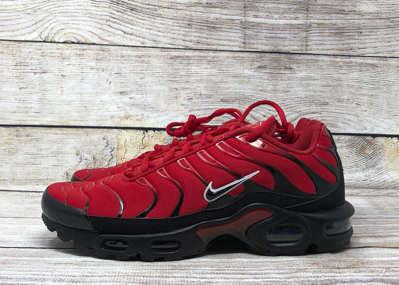 Nike Air Max Plus 852630 603 university red black white
